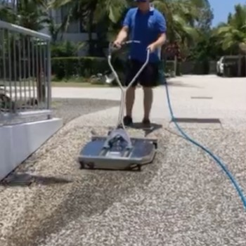 Apartment driveway cleaning services