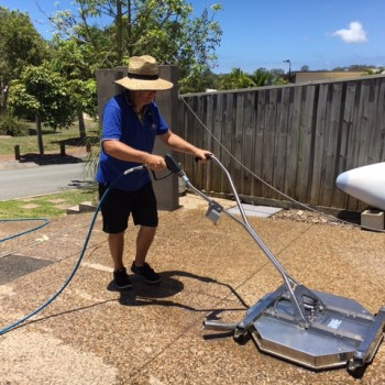 Driveway pressure cleaning for Sunshine Coast homes