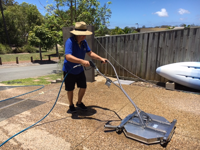 cleaning pebble paving on driveways with buderim pressure cl